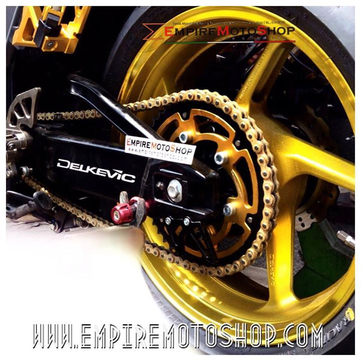 Swing Arm Delkevic Black Ninja250FI Terpasang